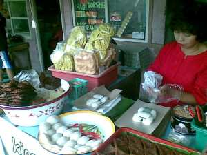 jadah tempe, makanan khas kaliurang. foto kunto